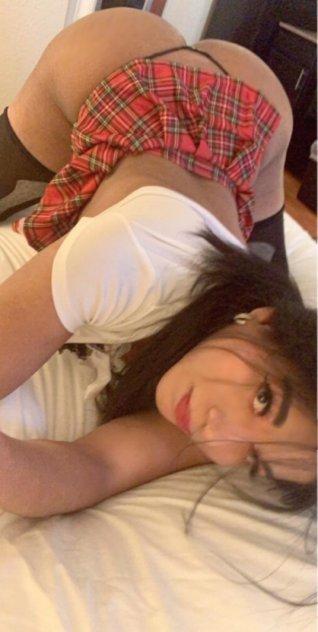323-694-1250 VENUS COLOMBIAN MODEL TOP & BOTTOM (VIP PARTY GIRL)