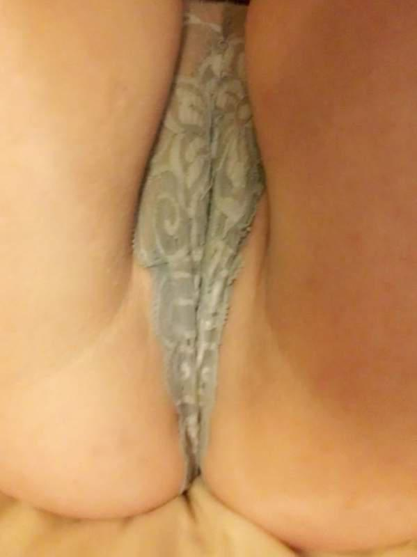 Man gets handjob during erotic massage-9581