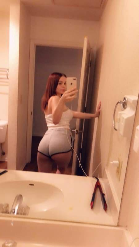 Kelly divine porn pics