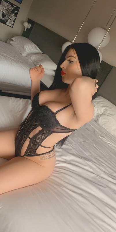 Latina live escort in plattsburgh new york