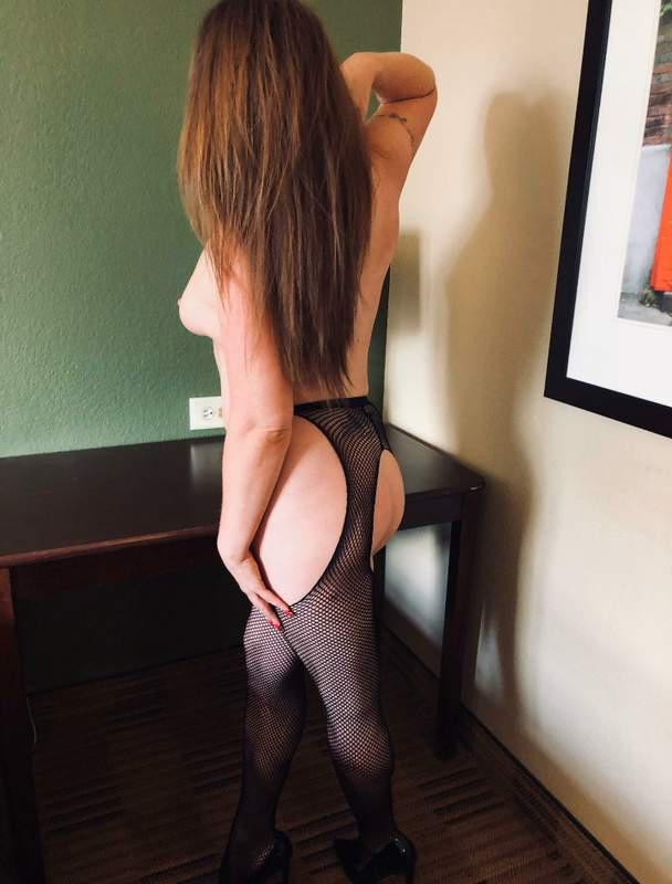 Erie pa independent escort