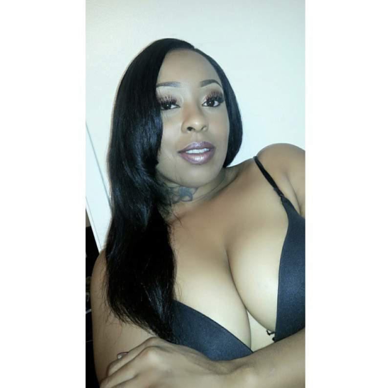 Slim Thick Ebony Twerking Dick