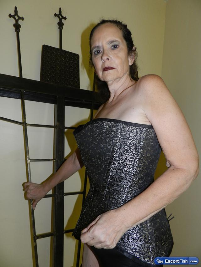 Upscale, Enticing, Sadistic Mistress - Treasure Coast, FL ...: https://escortfish.com/ad/view/skilled-treasure-coast-dominatrix/256463