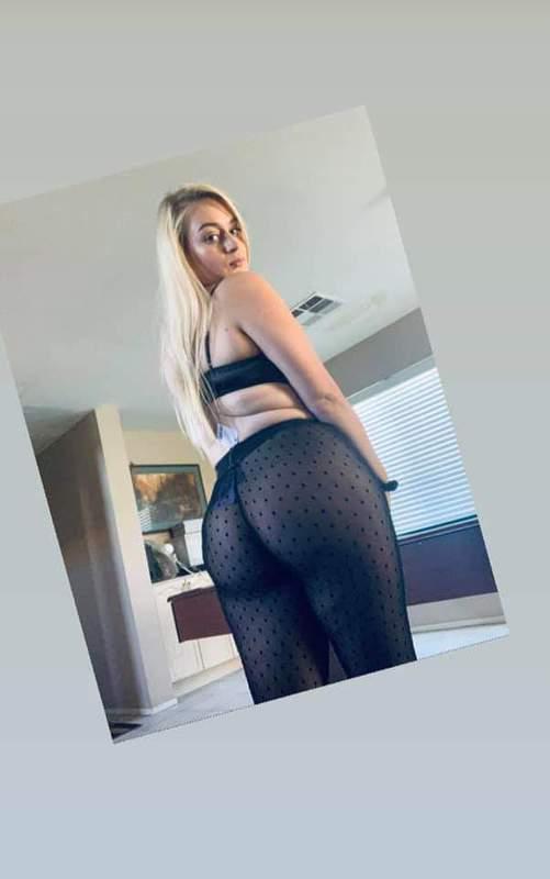 big booty white girl nake